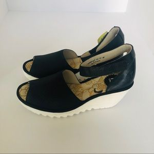 FLY London Leather Wedge Sandals Yake Wome…